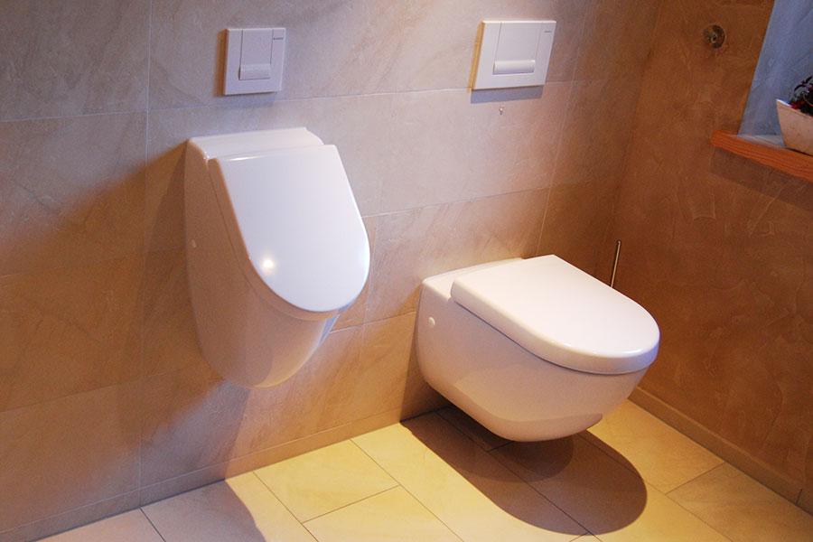 Sanierung WC-Bereich mit Lehmputz