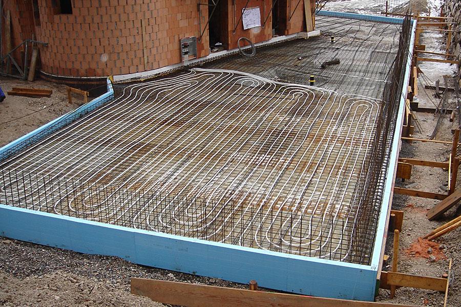 Garagenheizung Schleching - Installation einer Betonkernaktivierung